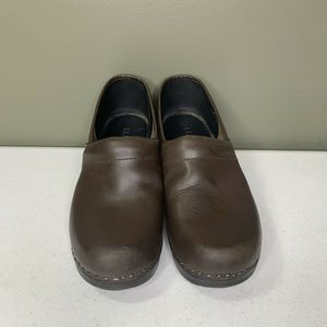 LL BEAN Women's Leather  Brown CLassic Clog 38